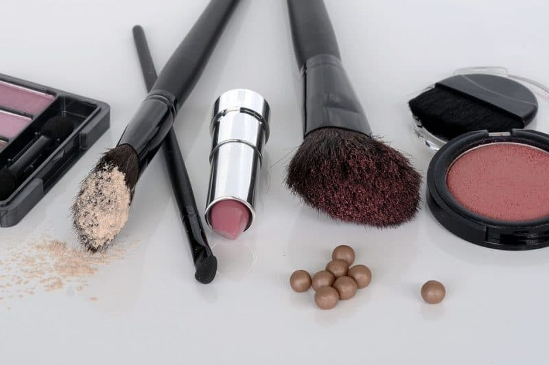 Asbest in make-up: bestaat er een veilige variant?